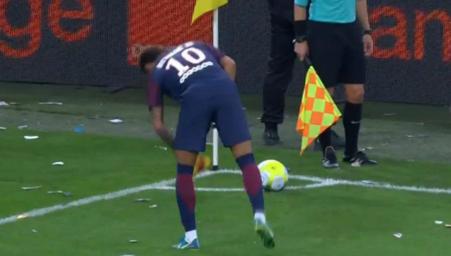 OMPSG - Neymar Ils ont jeté de tout ! Je ne sais pas si la Fédération voit ça comme du football