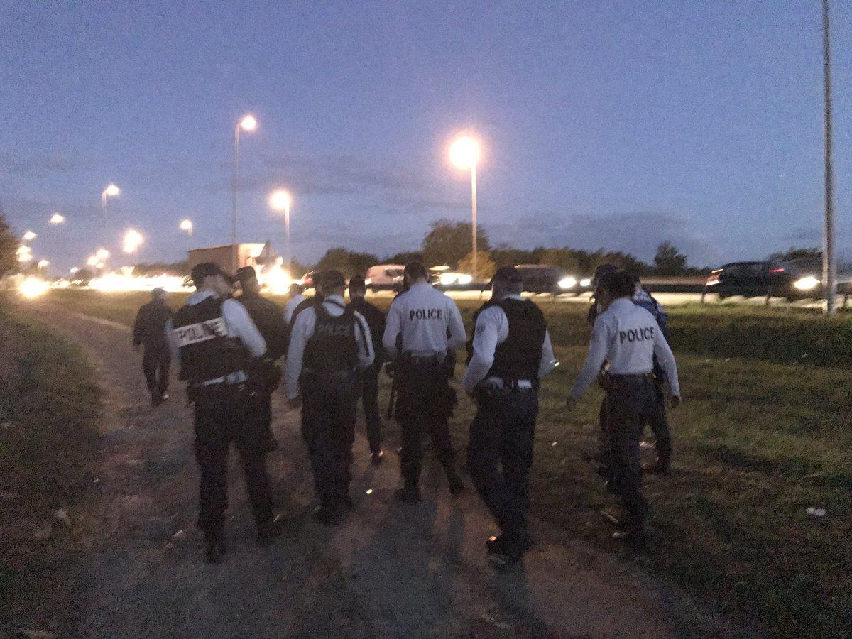 Poissy Un camp de Roms évacué du futur centre d'entraînement du PSG.jpg