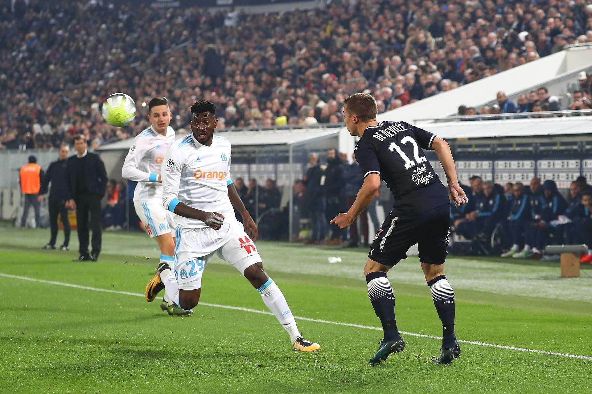 Ligue 1 - L'OM s'incline 0-1 à Bordeaux, le PSG chambre les Marseillais