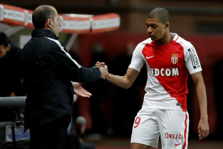 Jardim revient sur le fait d'avoir mis Mbappé sur le banc j'ai agi comme un père