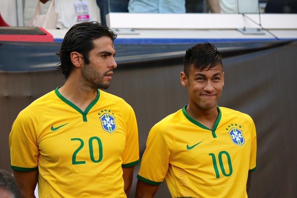 Kaka Neymar, son départ au PSG est le meilleur moyen de suivre les pas de Messi et Cristiano Ronaldo