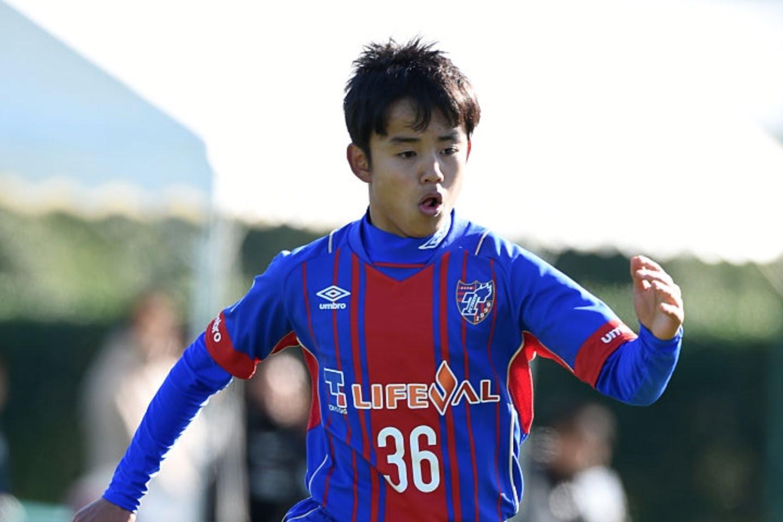 Le PSG en bataille avec le FC Barcelone pour le Messi japonais Takefusa Kubo, selon France Football