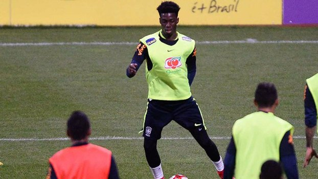 Le Parisien revient sur l'entraînement des 5 jeunes du PSG avec le Brésil