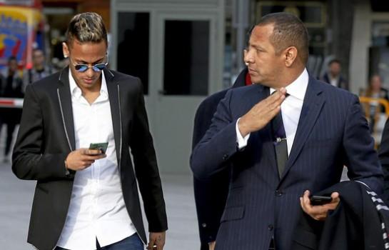 Mauro Silva Le père de Neymar m'a dit qu'il lui a conseillé de continuer au Barça...c'est une décision courageuse