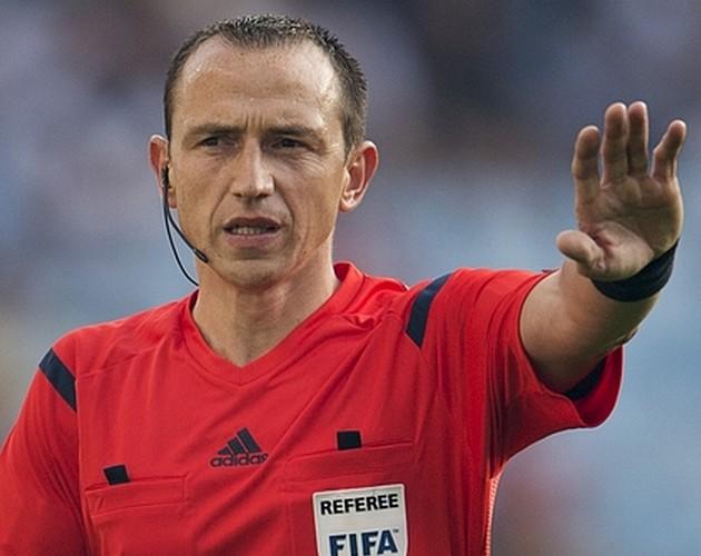 Strasbourg/PSG - L'arbitre de la rencontre a été désigné, un mauvaise souvenir et beaucoup de jaunes