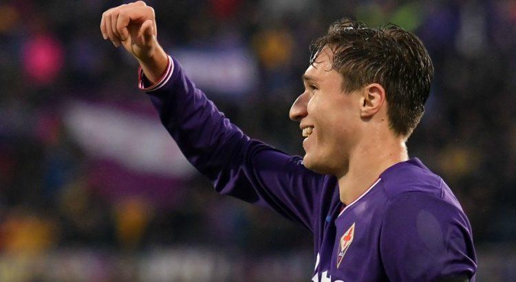 Mercato - Après un contact annoncé avec le PSG, Federico Chiesa prolonge à la Fiorentina