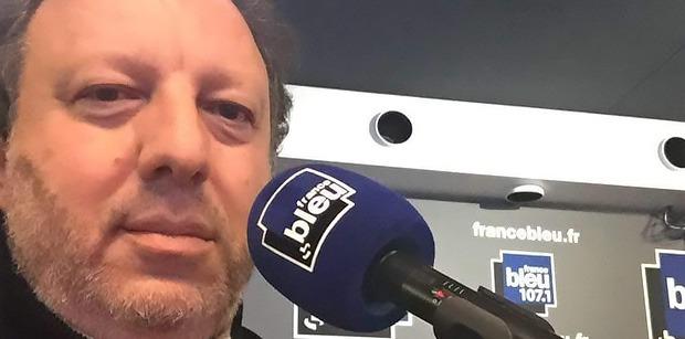 """Stéphane Bitton """"Le leader du PSG c'est Cavani. Dans tout !"""""""
