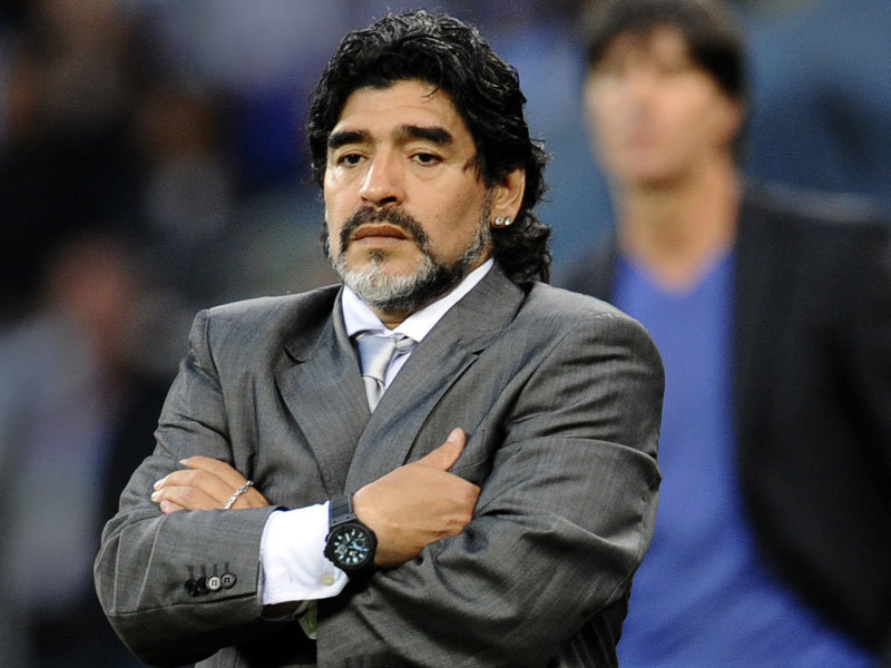 Maradona confie qu'il n'est pas satisfait du PSG et qu'il a conseillé Mbappé au Real Madrid