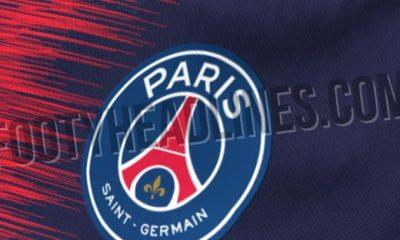 Le maillot domicile du PSG pour la saison prochaine dévoilé par FootyHeadlines