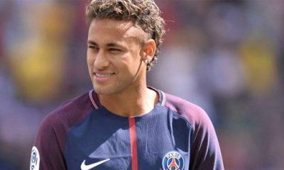Un club de D3 espagnol fait de l'humour en annonçant le retour de Neymar en Espagne