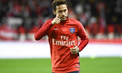 Le père de Neymar a indiqué au PSG que le joueur est heureux ici, rapporte Le Parisien