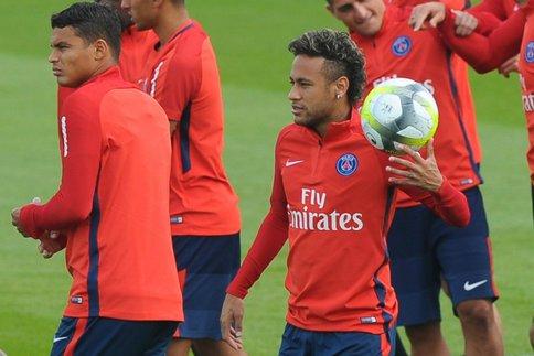 NantesPSG - Suivez l'entraînement des Parisiens ce vendredi à 15h30