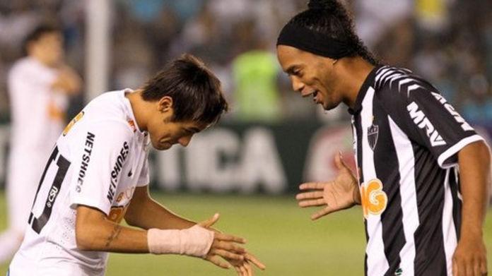 Ronaldinho a pris sa retraite le roi est mort, vive le roi !