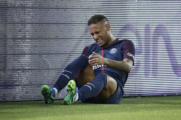 Claude Medam Protéger les joueurs C'est exacerbé avec la présence de Neymar dans le championnat