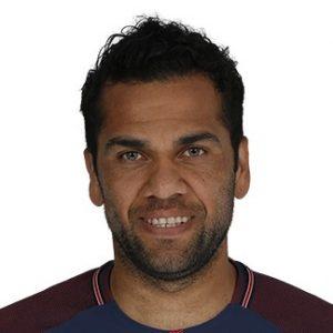 Dani Alves défenseur PSG