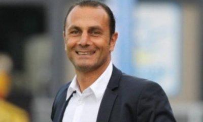 """Der Zakarian regrette les """"erreurs défensives"""" du PSG et se moque de ses plaintes contre l'arbitrage"""