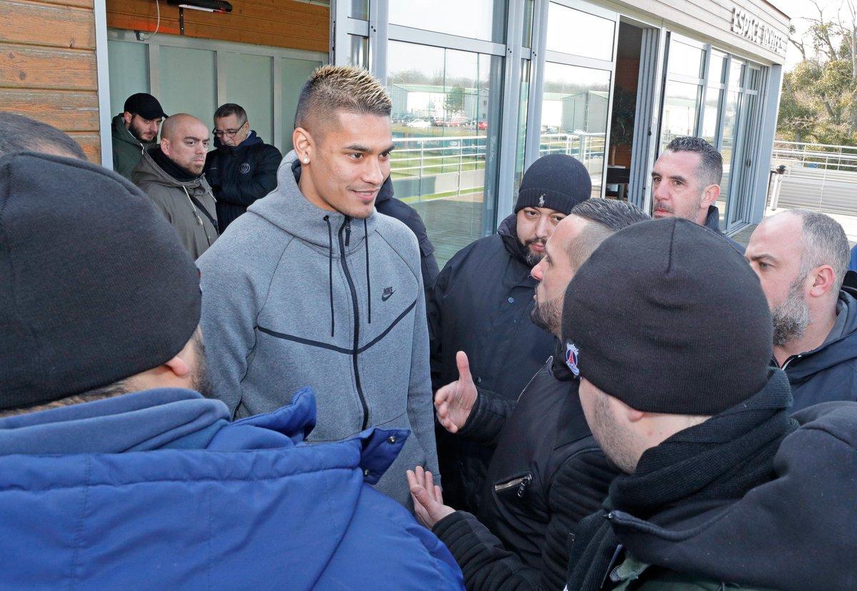 Les images du PSG ce jeudi : entraînement avec la présence du Collectif Ultras Paris