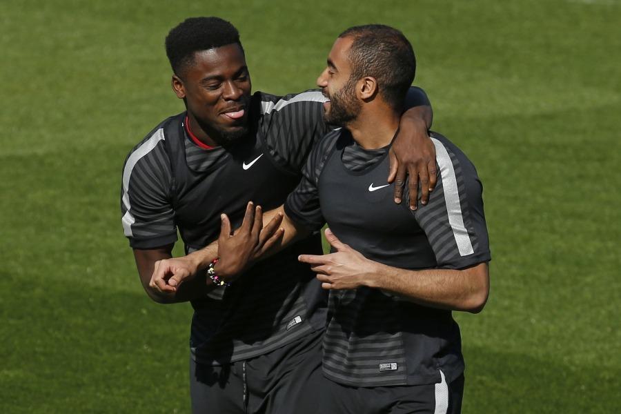 Serge Aurier promet à Marquinhos et Neymar de prendre soin de Lucas