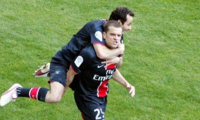 Coupe de la Ligue - Jérôme et Ludovic Giuly au coup d'envoi de la finale PSGMonaco