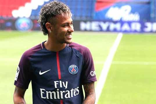 Mercato - Neymar qui ferait une liste de recrues au PSG pour rester, Don Balon n'a plus de limite d'invention