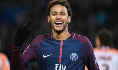 Neymar devrait revenir à Paris à la fin du mois d'avril, annonce UOL