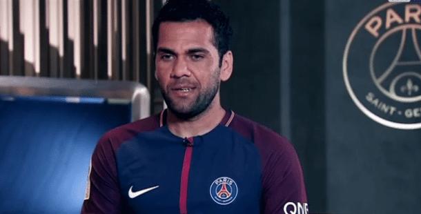 PSGReal Madrid - Dani Alves à nous d'être au niveau de nos supporters