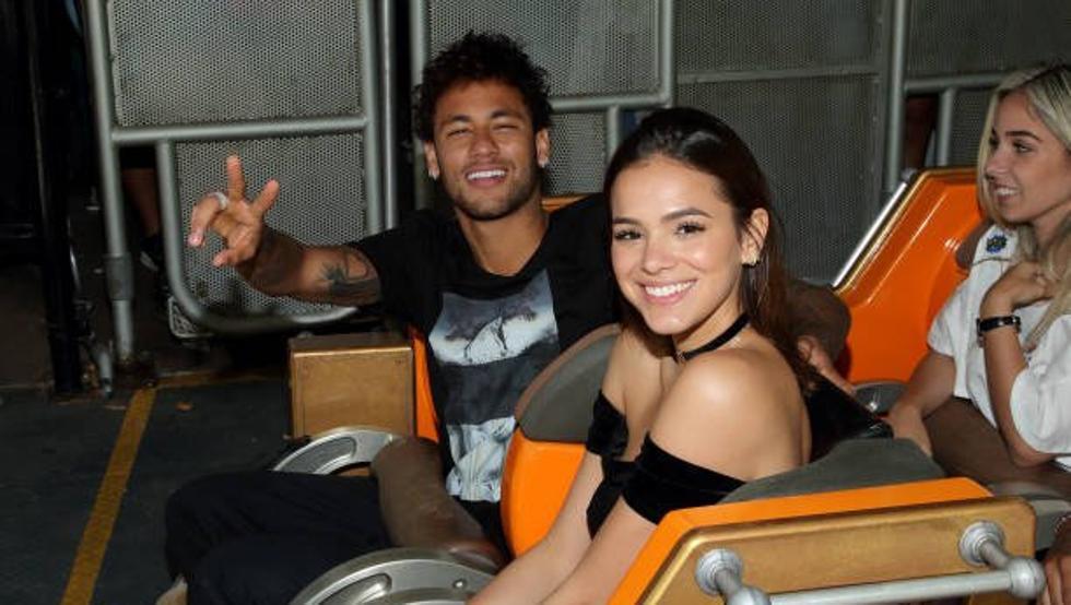 Bruna Marquezine souhaiterait rester en France pour Neymar, d'après O Dia