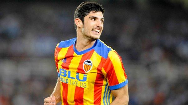 Mercato - Le PSG demande 90 millions d'euros pour Guedes, Valence espère l'avoir pour 40, selon Superdeporte