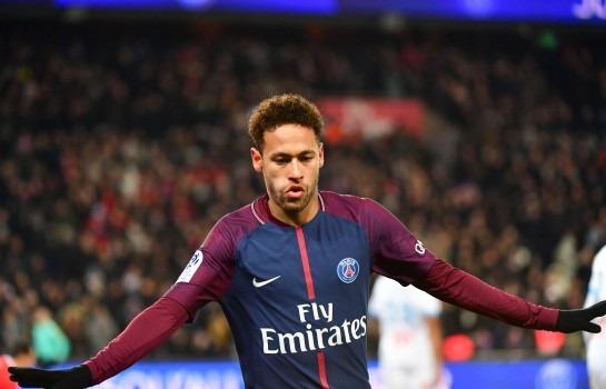 Neymar dire au revoir aux béquilles