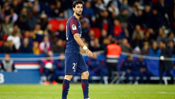 Pierre Ménès Pastore s'en fout, marche....c'est tout simplement honteux