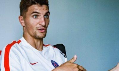 Thomas Meunier s'amuse avec le Stade Malherbe de Caen sur Twitter