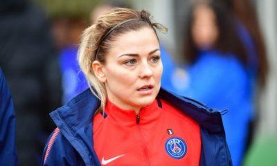 Laure Boulleau met un terme à sa carrière de joueuse, le PSG lui rend hommage