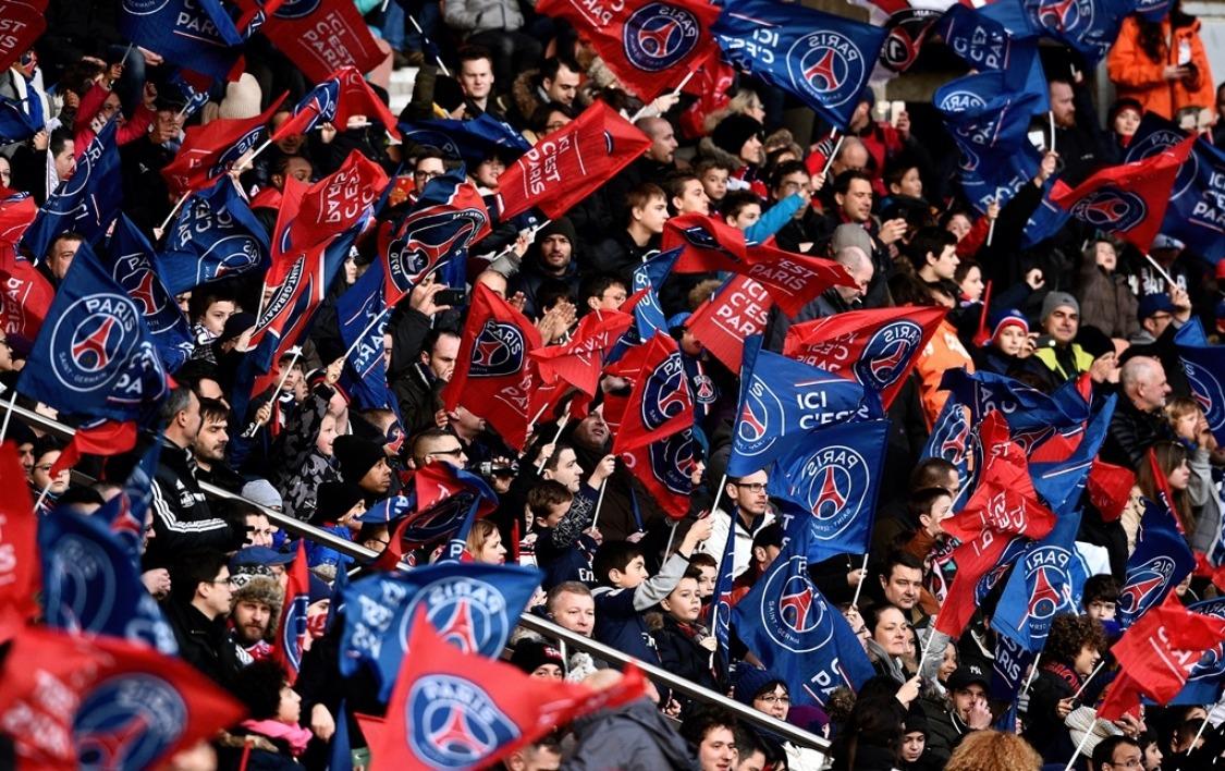 Le huis clos avec sursis de la tribune Paris a été annulé, indique L'Equipe