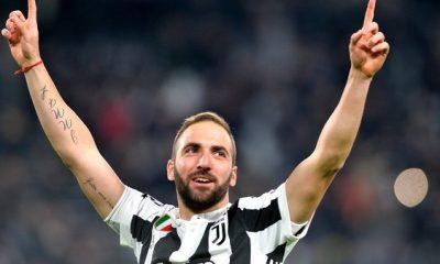 Mercato - Gonzalo Higuain entre le PSG et Chelsea, selon la presse italienne