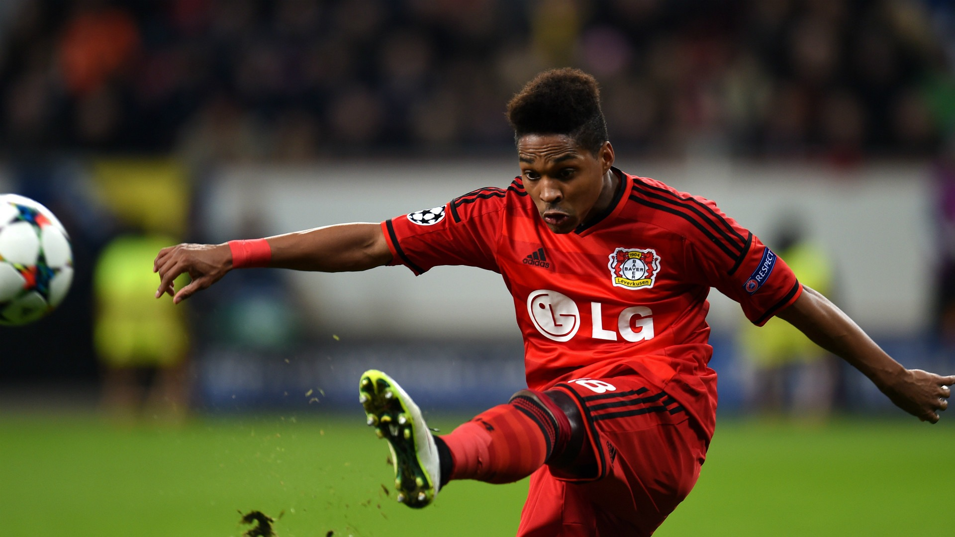 Mercato - Le PSG aurait contacté Wendell, arrière gauche du Bayer Leverkusen