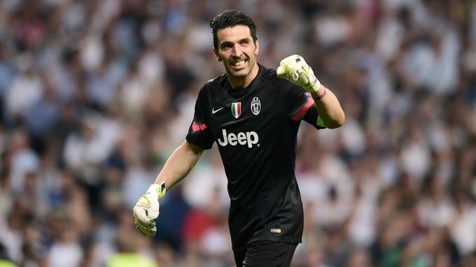 Mercato - Le PSG est une suite possible pour Gianluigi Buffon, d'après la presse italienne