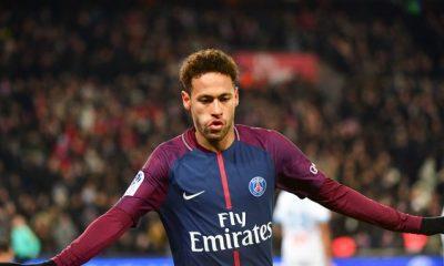 Neymar annonce que rien ne l'empêchera de jouer la Coupe du Monde avec le Brésil