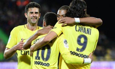 Thiago Motta Neymar sera au PSG la saison prochaine et il fera de grandes choses