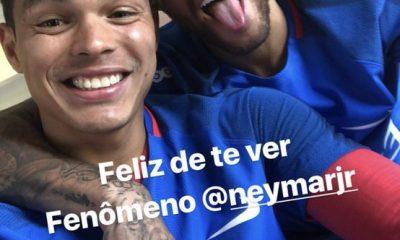 """Thiago Silva """"Neymar est serein et il s'entraine bien...il est dans un très bon état d'esprit"""""""