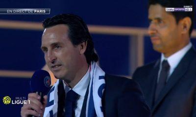 """Emery """"Ici, c'est Paris ! Je vous remercie tous !"""""""