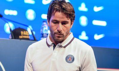 """Maxwell """"Neymar, c'est l'émotion d'avoir passé trois mois et demi avec beaucoup de travail...beaucoup jugent sans savoir"""""""