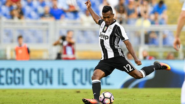 Mercato - Alex Sandro doit choisir entre prolongation et départ, Manchester United et le PSG dans la course, selon la Gazzetta dello Sport