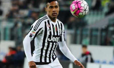 Mercato - Le PSG serait bien parmi les concurrents pour recruter Alex Sandro, selon Tuttosport