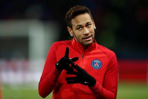 Mercato - Neymar et le Real Madrid croient au «miracle» d'un transfert cet été, le rêve continue du côté de Marca