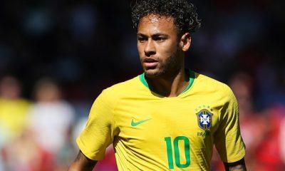Neymar est complètement rétabli.il continue de gagner en vitesse, en confiance, explique le médecin du Brésil