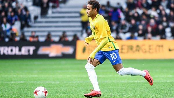 """Neymar impressionne Tite et Willian """"c'est complètement fou"""""""