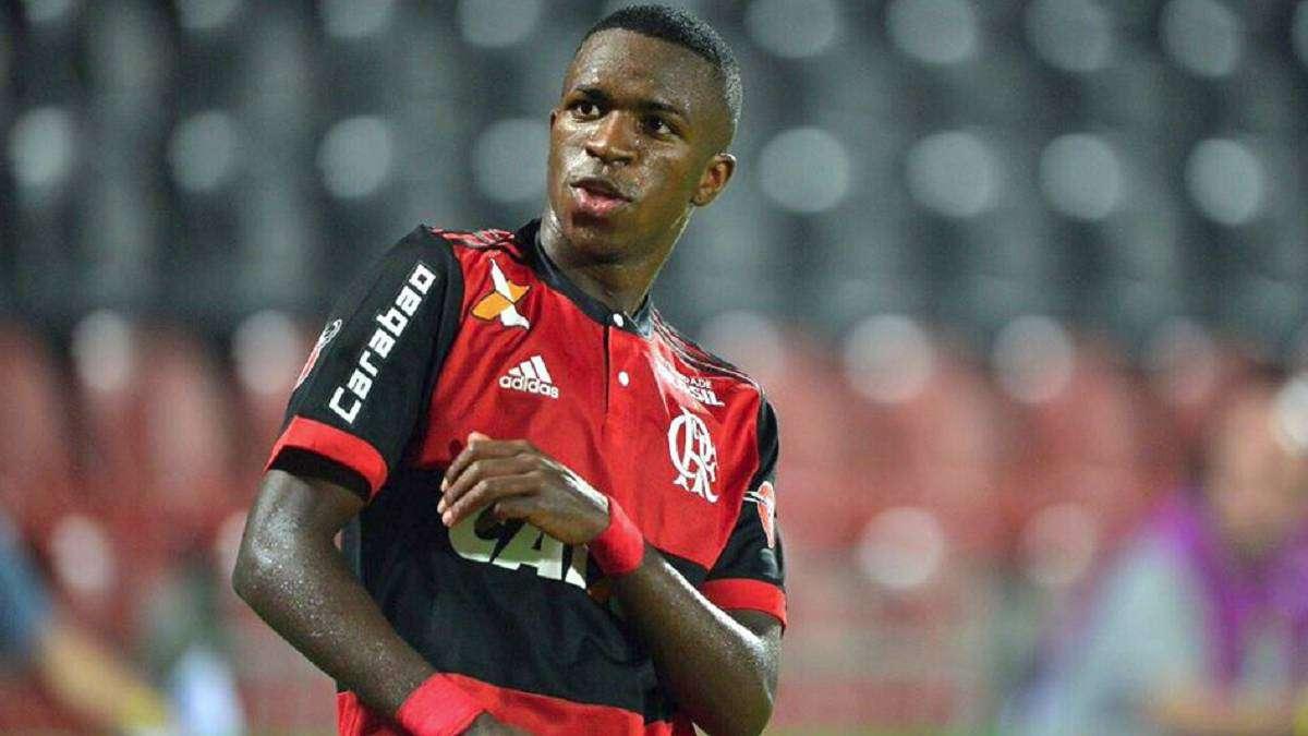 Vinícius Junior confie qu'il a été en contact avec le PSG