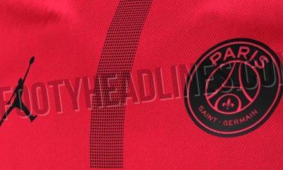 Footy Headlines dévoile un maillot rouge du PSG en collaboration avec Jordan Brand