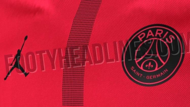 order online best value high fashion PSG: Foot Headlines dévoile un maillot rouge en ...