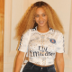 Beyoncé s'affiche avec une tenue aux couleurs du PSG